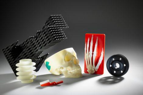 Teilesammlung,_geometrische_Struktur,_Schädel,_Implantat,_Faltenbalg,_Greifer,_Skelett,_Hand,_Zahnrad