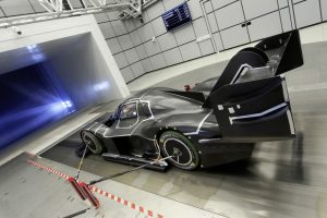ID._R_Pikes_Peak_in_the_wind_tunnel.