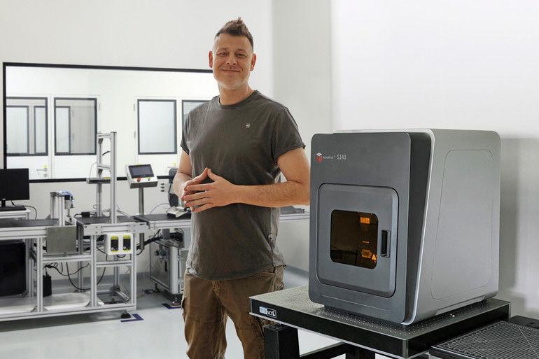 Dreigeist_produziert_mit_dem_3D-Drucksystem_von_Typ_microArch_S140_in_Nürnberg_gerne_Versuchs_und_Musterteile