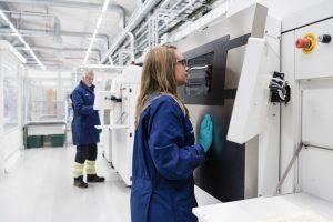 EOS-Siemens-1-add0118.jpg