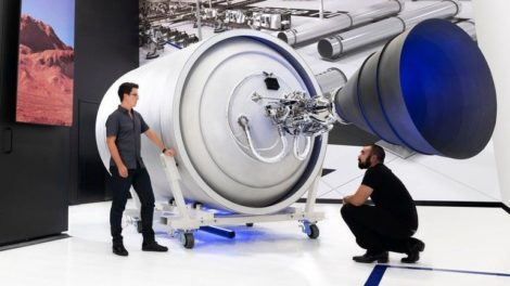 Relativity_6K_Weltraum-Raketenteile.jpg
